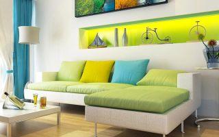 Сочетание цветов в интерьере гостиной: красный, желтый, голубой, зеленый