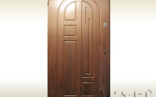 Входные металлические бронированные двери: щит надежности