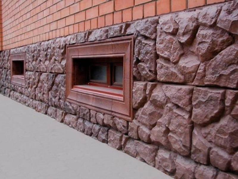 отделка цоколя декоративным камнем