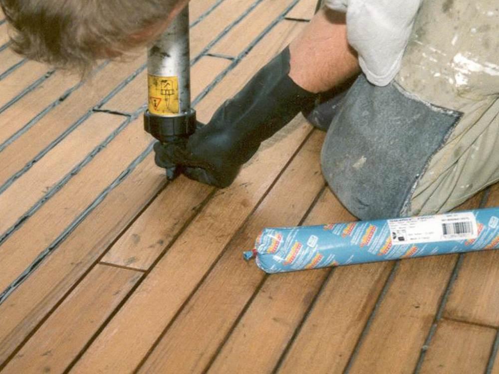 Как заделать щели в деревянном полу - действенные способы устранения трещин и дефектов